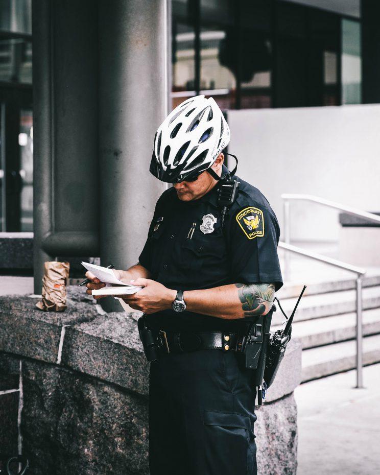 Fear and Loathing in Las Vegas - Traffic Cop