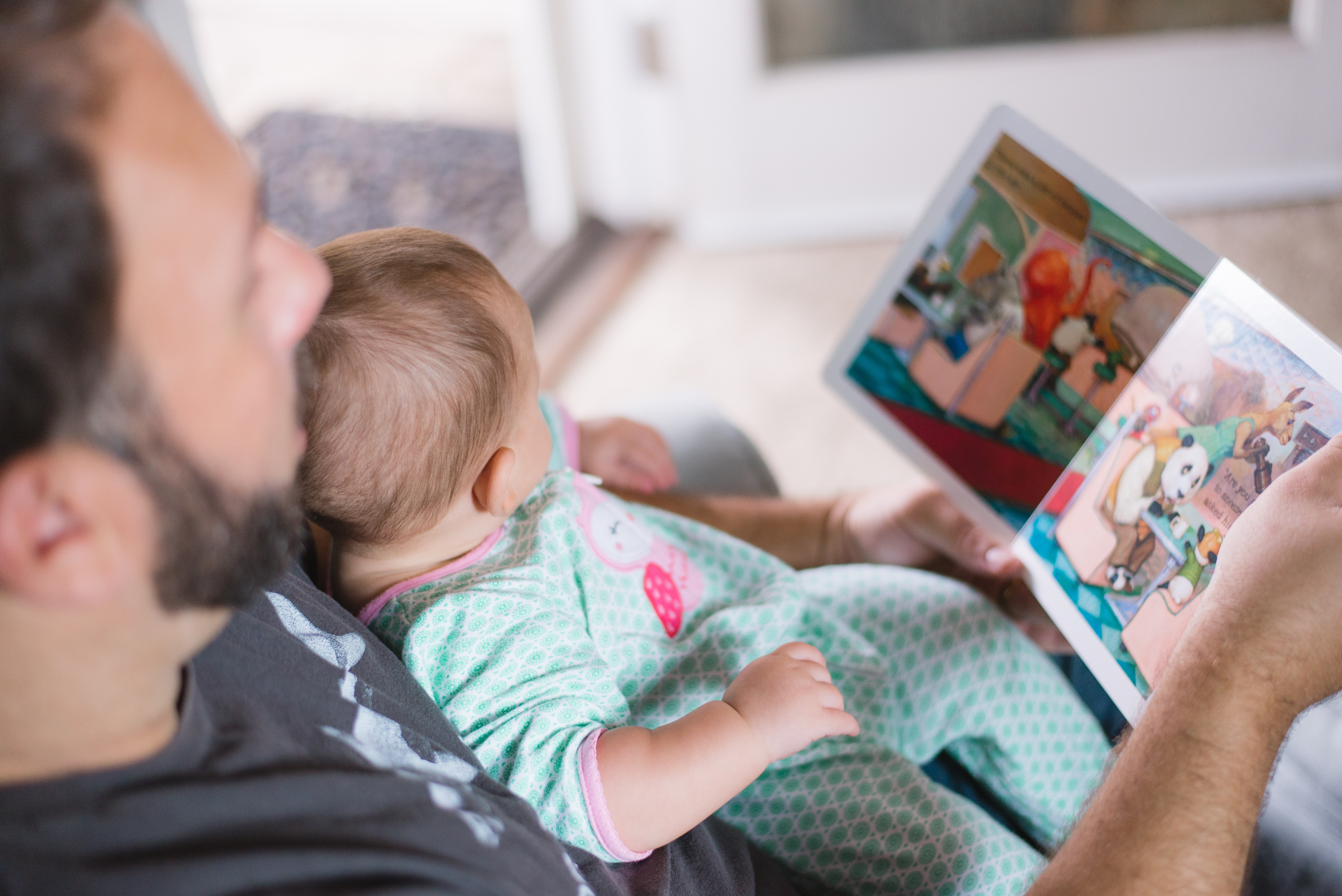 The Benefits of Reading to your Child Featured Image