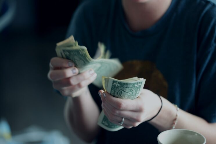 The Best Free Self Publishing Sites - rewards ratios PC Sharon McCutcheon via Unsplash