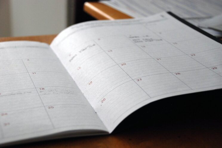 The Best Free Self Publishing Sites - set your schedule PC Eric Rothermel via Unsplash